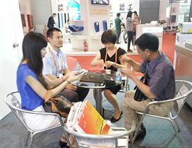 佑天元参加2014年6月北京肉展